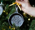 Holiday Mini Skillet to Decorate Your Christmas Tree