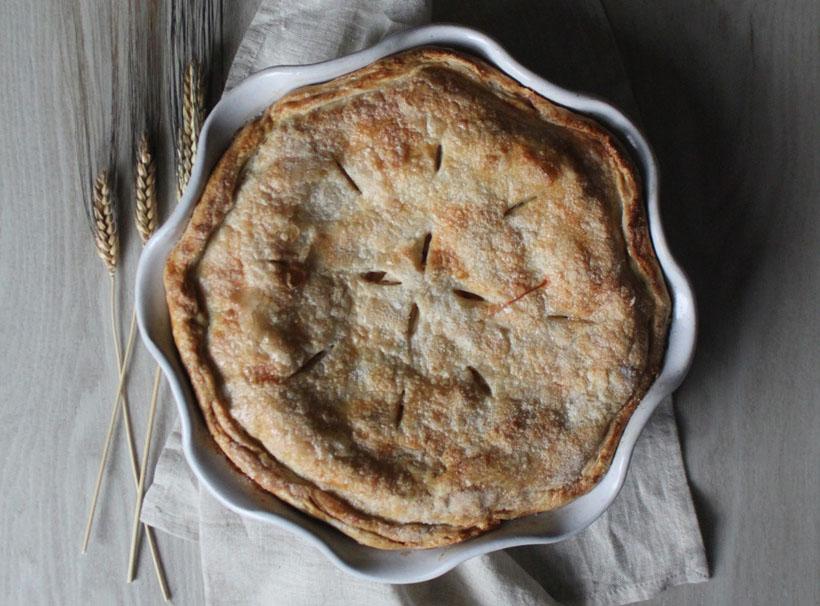 Laurel Pie Dish by Farmhouse Pottery