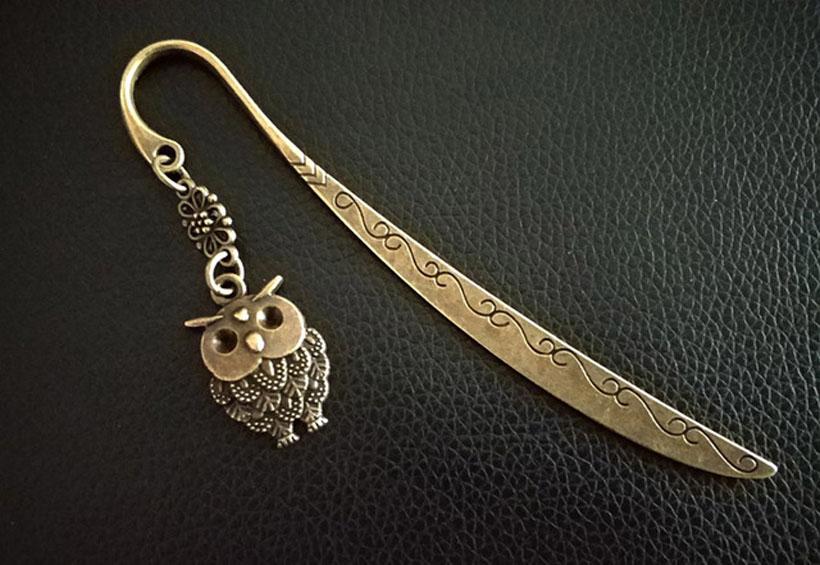 Elegant Retro Animal Bookmarks